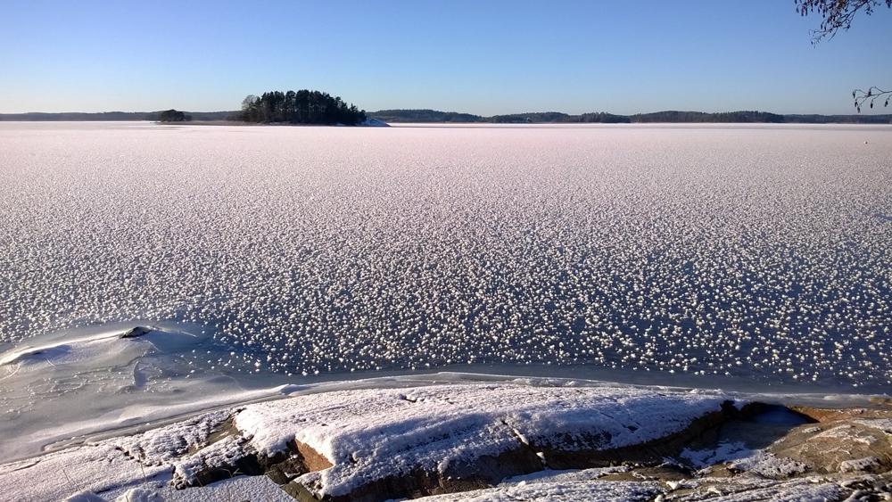 Osmalahden kauniista talvesta otti kuvan Kunnallislehden lukija Terttu Karmavalo.