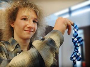 Tomas Armanto ja sininen on siis tämän kevään muotiväri myös ruseteissa eli kissimirreissä.