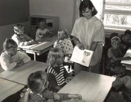 Paimion Veikkarin koulun oppilaita vuodelta 1990.