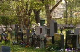 Kuva on Piikkiön hautausmaalta.