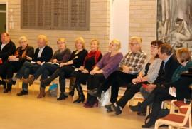 Sauvon seurakuntavaalien ehdokkaat olivat sunnuntaina harvalukuisan yleisön tentittävänä.