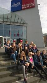 Paimiolaiset Kölnin suklaamuseon edustalla.