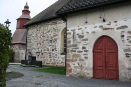 Paimion seurakunnassa erottiin viime vuonna runsaasti kirkosta, mutta takaisin liittyneitä oli suhteessa enemmän kuin muissa Kunnallislehden levikkialueen seurakunnissa.