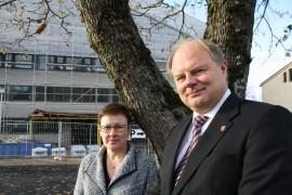 - Talousarviossa ehdotetut säästötoimenpiteet ovat välttämättömiä mutta eivät yksin riitä, toteavat Paimion kaupunginjohtaja Jari Jussinmäki ja hallintojohtaja Jaana Hölsö.